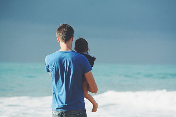 Tips for Safe Kids on Holiday