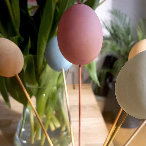 Little Explorers: Marbled Easter Eggs