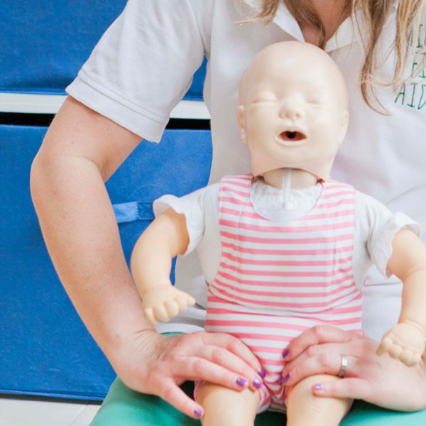 Mini First Aid: Keeping Your Family Safe Outdoors